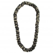 long black and white necklace