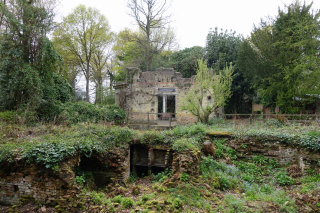 Warley Place  - The Ghost of a Garden